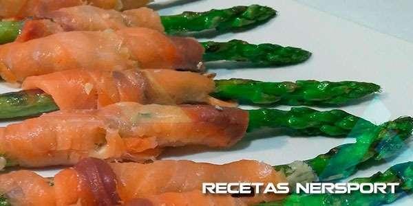Rollitos de salmón con trigueros